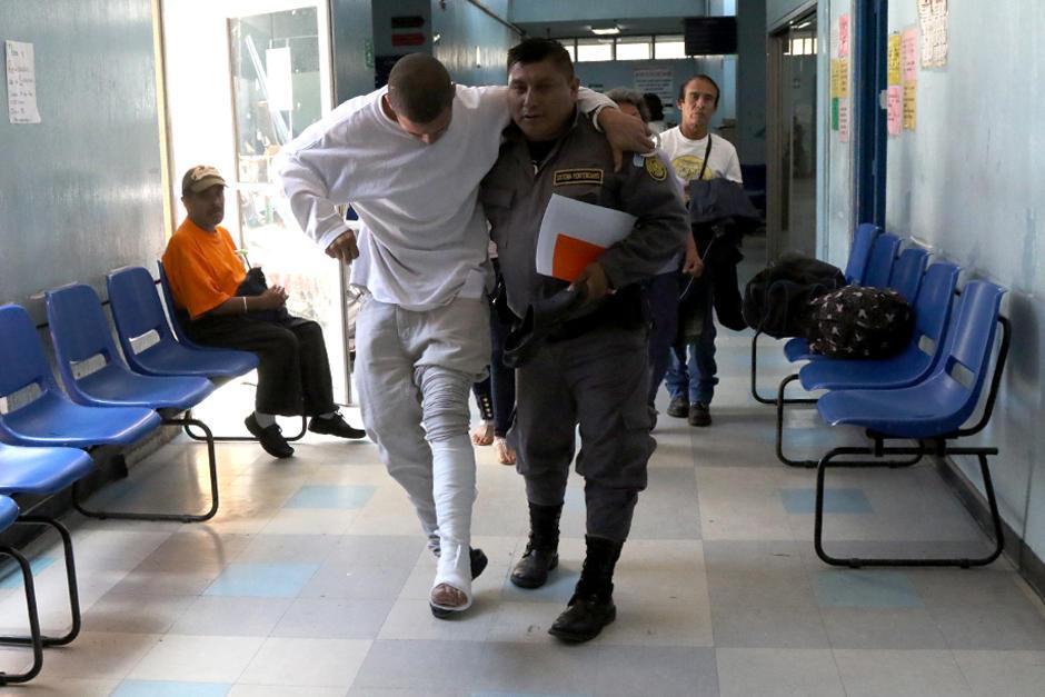 El traslado de reos al centro asistencial pone nervioso a los pacientes y personal de atención.  (Foto: Archivo/Soy502)