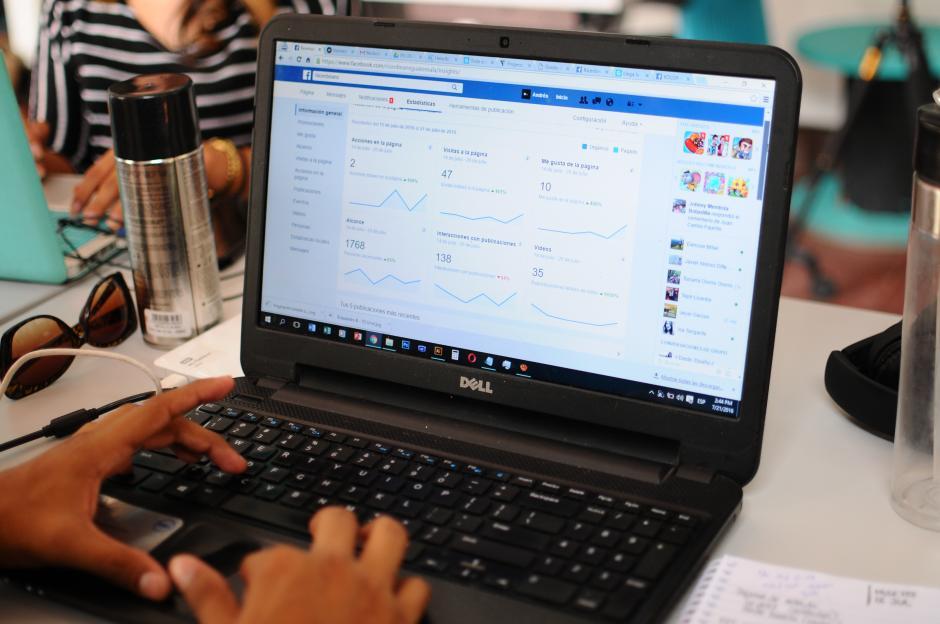 En Ricenbeans también trabajan en generar aplicaciones móviles para empresas. (Foto: Alejandro Balán/Soy502)