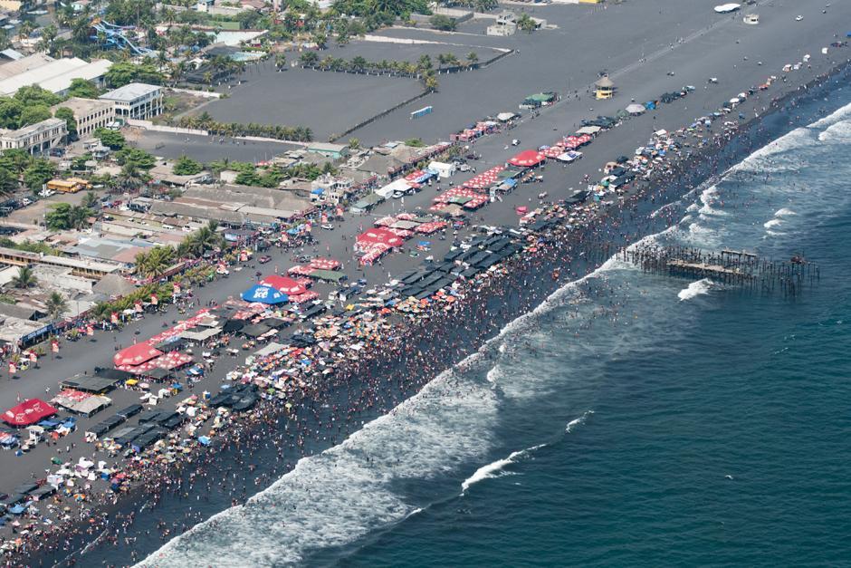 El Puerto de San José es uno de los más visitados en estas fechas. (Alejandro Balán /Soy502)
