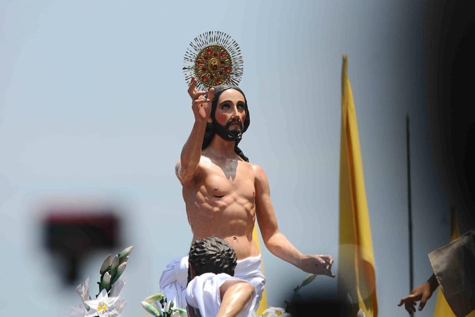 Cristo Resucitado frente a Catedral Metropolitana (Foto: Alejandro Balán /Soy502)