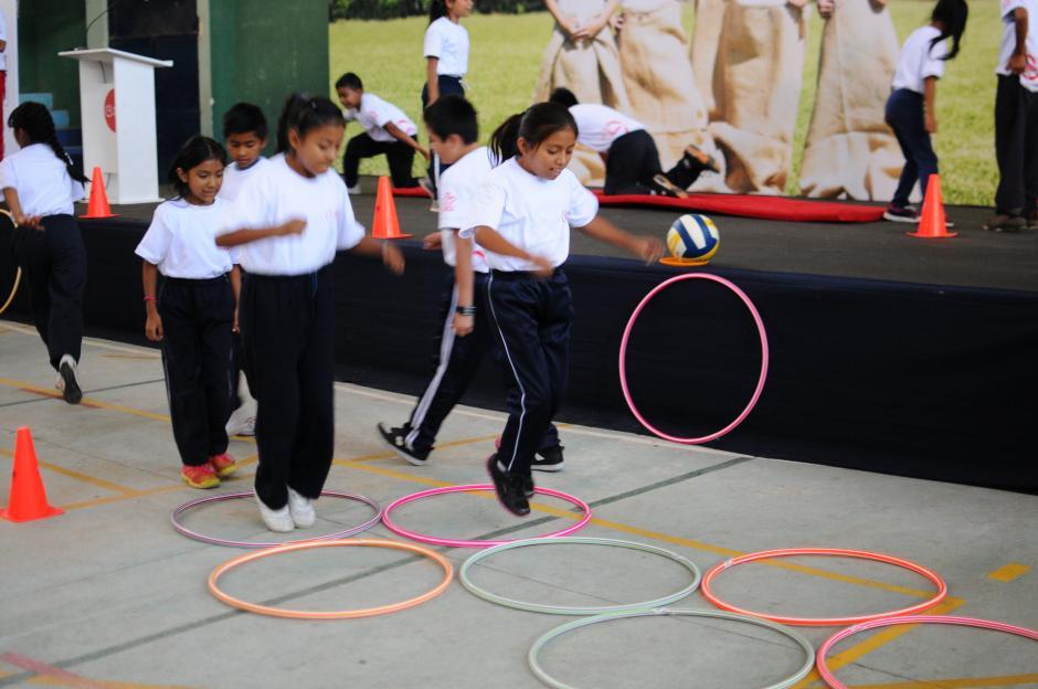 La OMS recomienda que todos los niños y adolescentes deben moverse al menos 60 minutos al día. (Foto: Alejandro Balán/Soy502)
