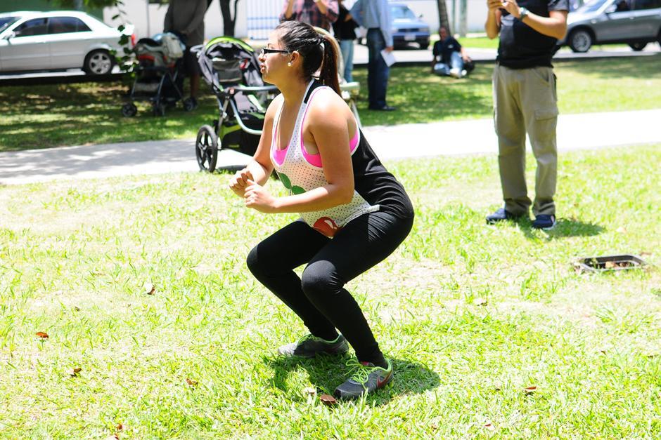 Previo a la lactancia, madres e hijos hacen ejercicios. (Foto: Alejandro Balán/Soy502)