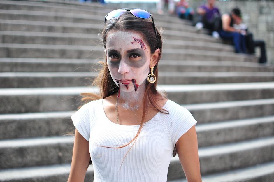 Por una donación de Q10 puedes personificar a los zombies más aterradores, lo recaudado servirá para alimento para perritos y gatos. (Foto: Alejandro Balam/Soy502)