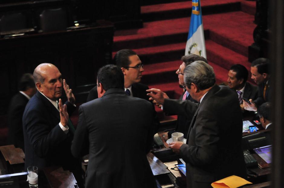 Los diputados discutieron las enmiendas a la Ley de Tarjetas de crédito. (Foto: Alejandro Balán/Soy502)