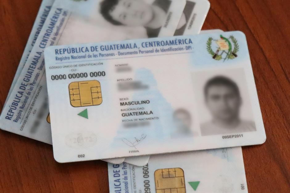 El CUI es el número que se ubica en la parte superior izquierda del DPI. (Foto: Alejandro Balán/Soy502)