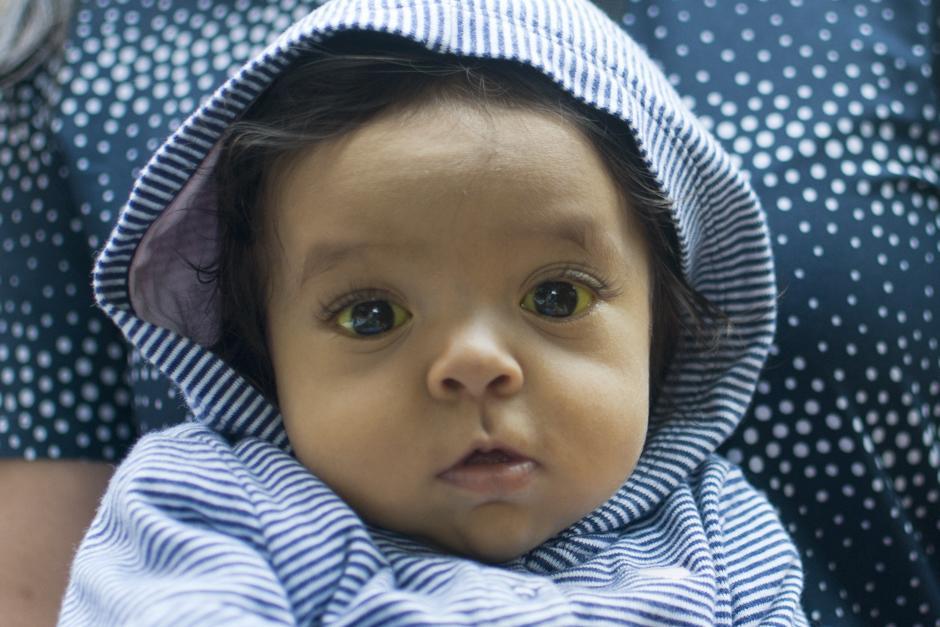Alisson de 6 meses debe recibir un trasplante de hígado. (Foto: Alejandro Balán/Soy502)