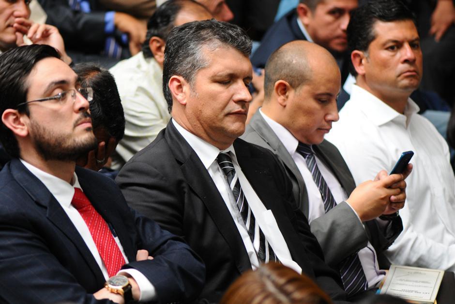 Aguantar el sueño fue imposible para Juan Luis Ortíz Álvarez (Foto: Alejandro Balán /Soy502)