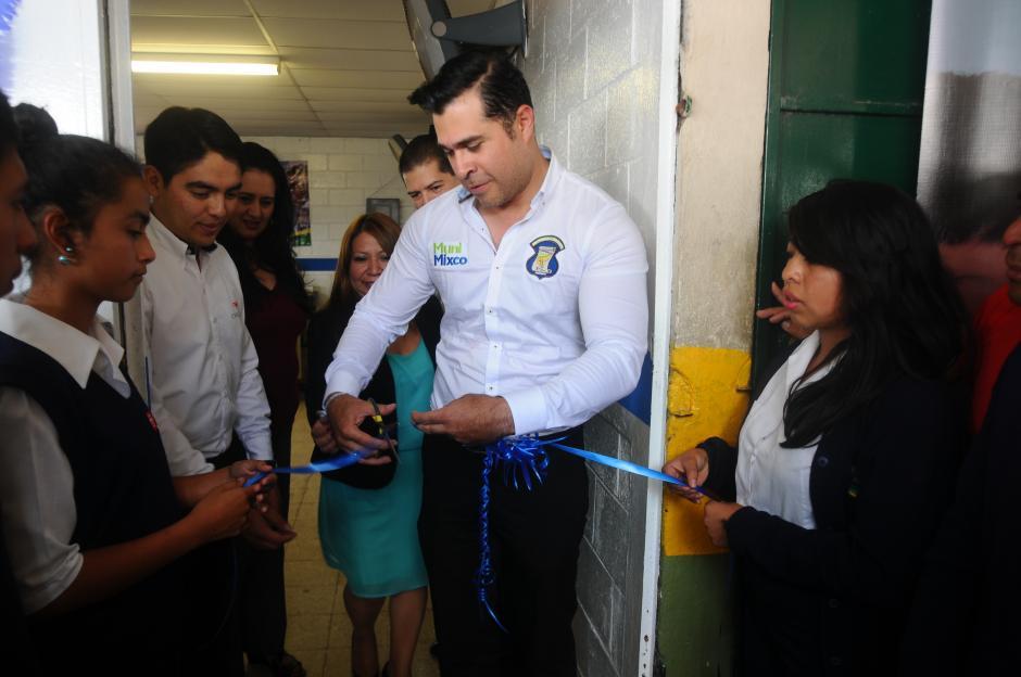 El laboratorio de computadoras Mission fue donado por la empresa Endless. (Foto: Alejandro Balán/Soy502)