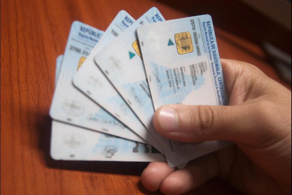 Sin comprobar la información del DPI no es posible que entreguen un pasaporte. (Foto: Archivo/Soy502)