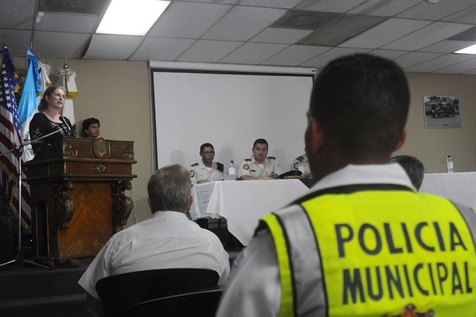 Fue la primera promoción de agentes de PMT capacitados por miembros de PNC. (Foto: Alejandro Balán/Soy502)