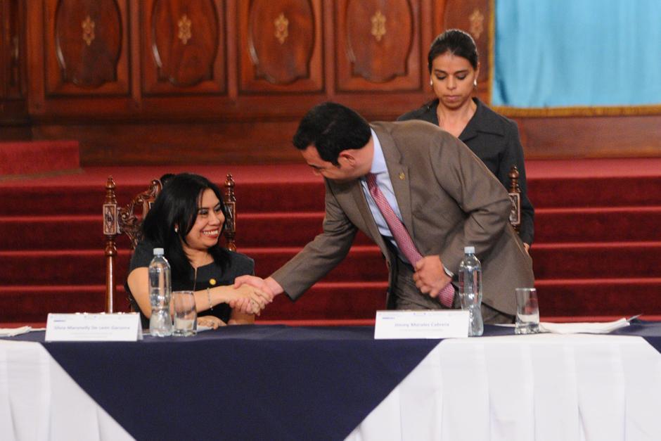 El presidente participó en la presentación. (Foto: Alejandro Balán/Soy502)