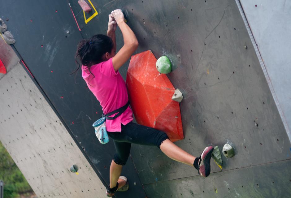 El festival de deportes extremos incluye escalada. (Foto: Alejandro Balán/Soy502)