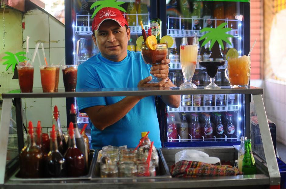 """Fredy Huitz es el propietario de """"Granizadas Chapinas"""". (Foto: Alejandro Balan/Soy502)"""