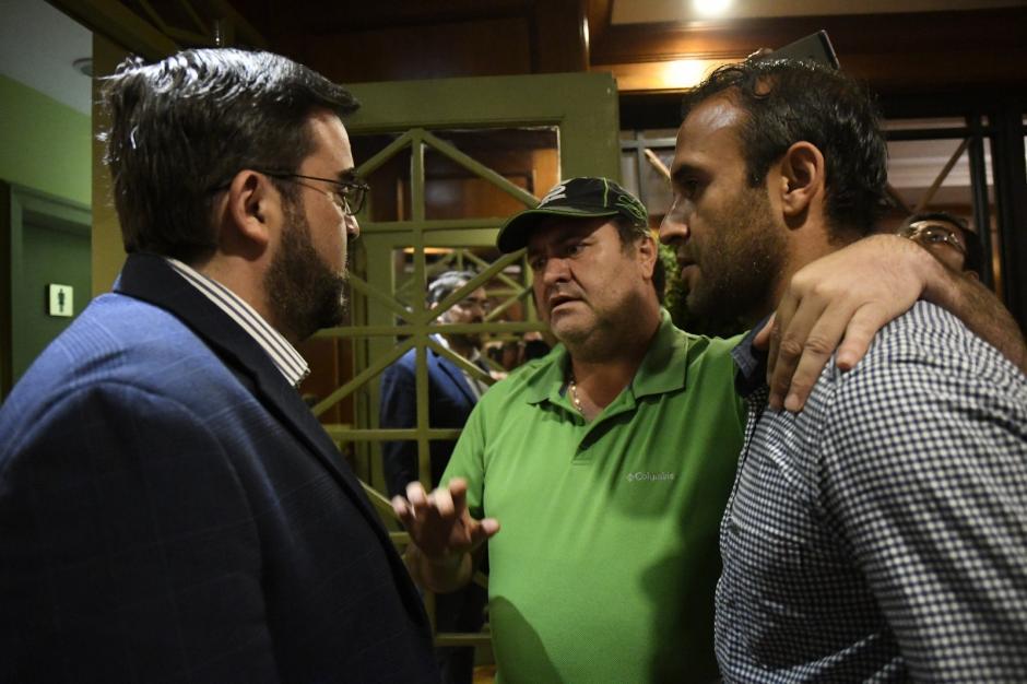 El alcalde de Guastatoya invitó a Contreras a ser parte del equipo. (Foto: Jesús Alfonso/Soy502)