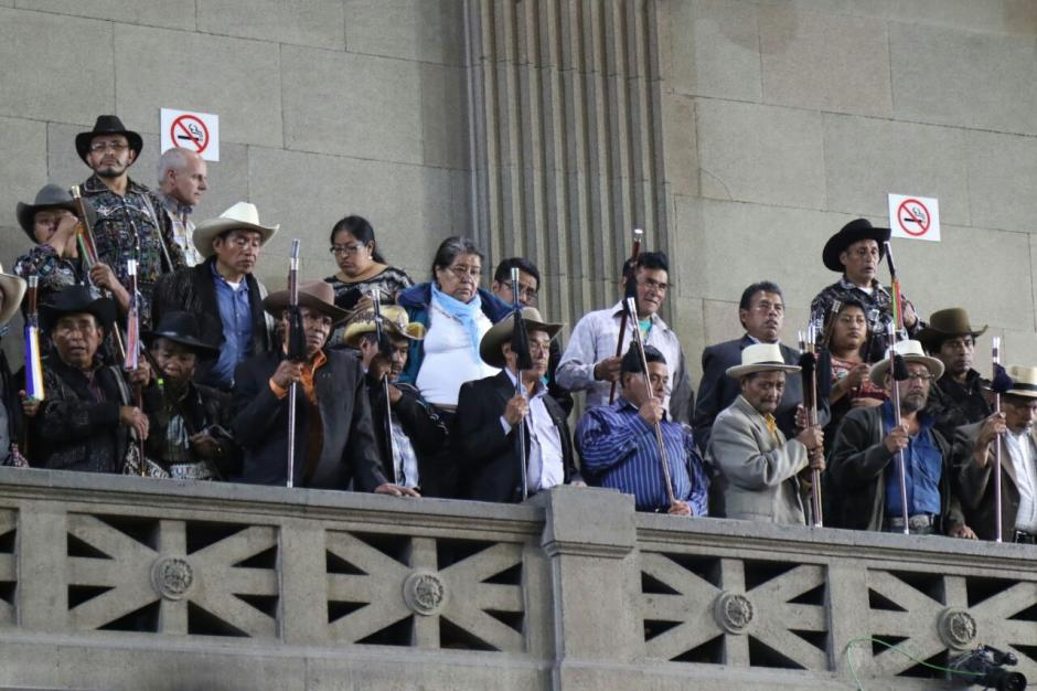 Los ciudadanos que observaron la sesión abuchearon a los diputados. (Foto: Alejandro Balán/Soy502)