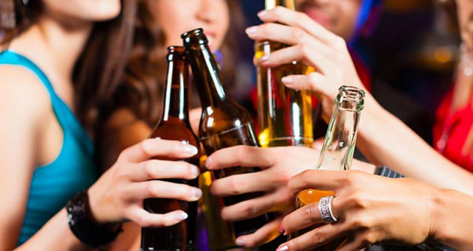 Si prestas atención, podrías saber cuando tu cuerpo te dice que no tomes más alcohol en una noche de fiesta