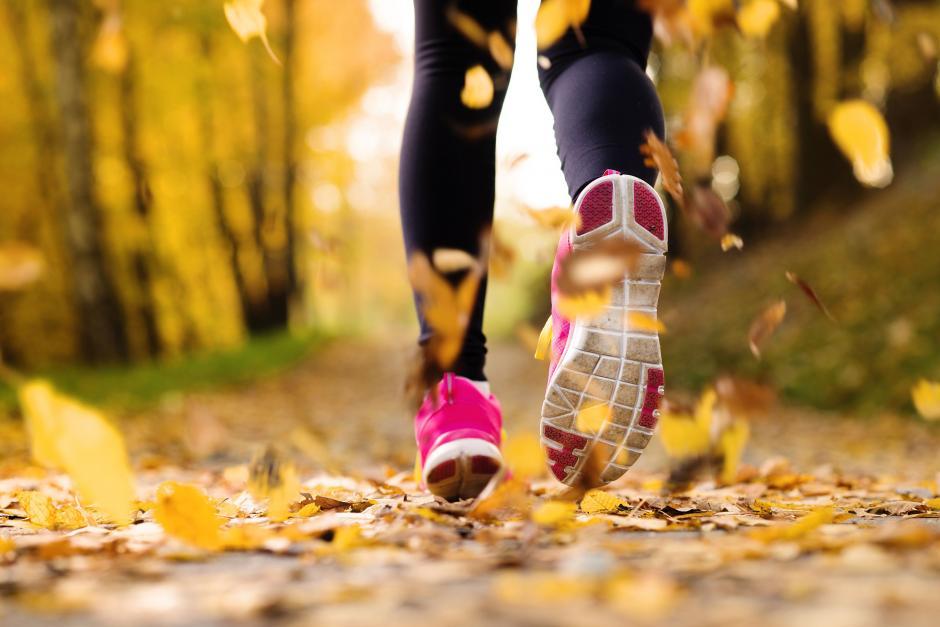 Hacer ejercicio te ayudará a quitarte la sensación de hambre. (Foto: aledusad.com)