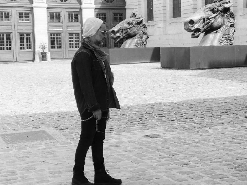 El cantante mexicano Alejandro Fernández dijo sentirse avergonzado por la fotografía. (Foto: Instagram/Alejandro Fernández)