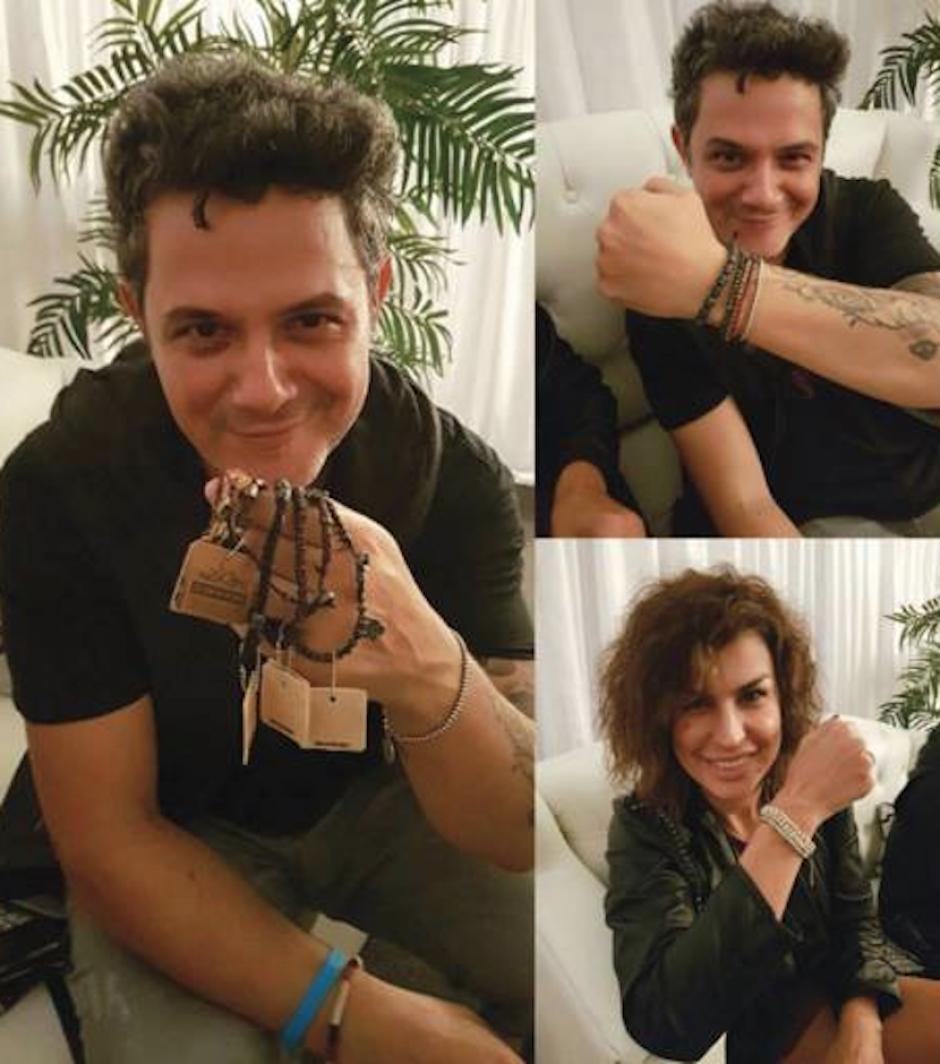 El intérprete español y su esposa lucen sus pulseras Wakami. (Foto: Wakami oficial)