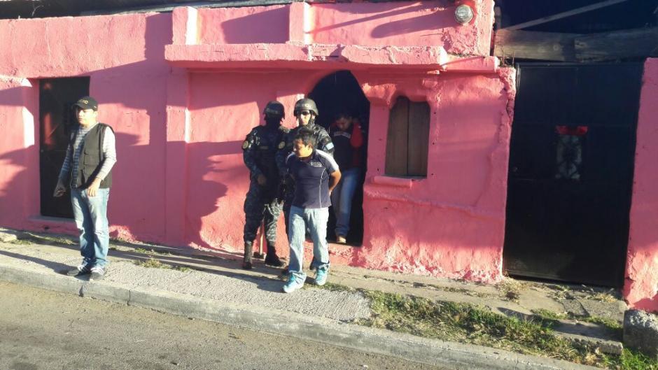 En el Barrio San Antonio de la zona 6 se desarrollan las capturas. (Foto: PNC)