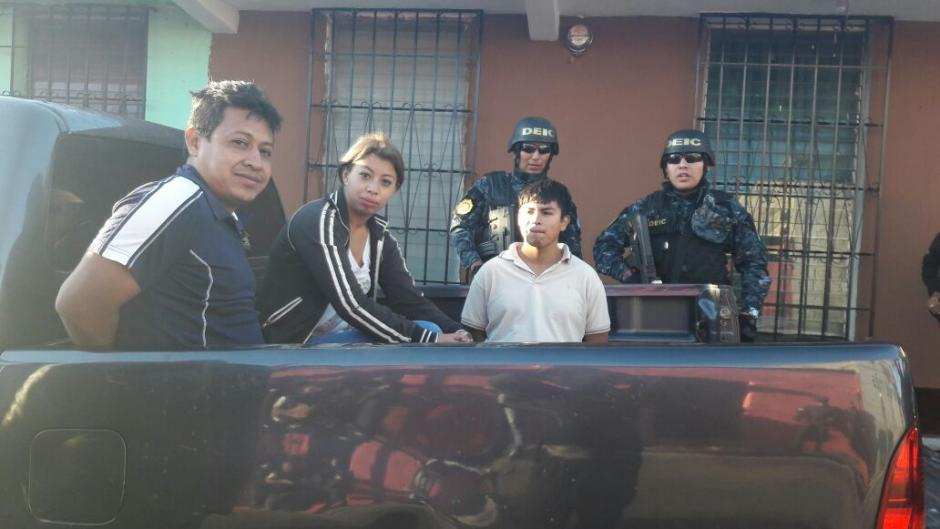 La madre y el padrastro de la niña son capturados. (Foto: PNC)