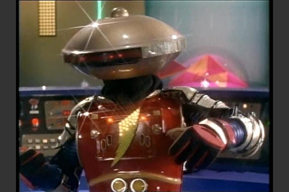 Alpha era un pequeño robot ayudante de Zordon que se quejaba de muchas cosas