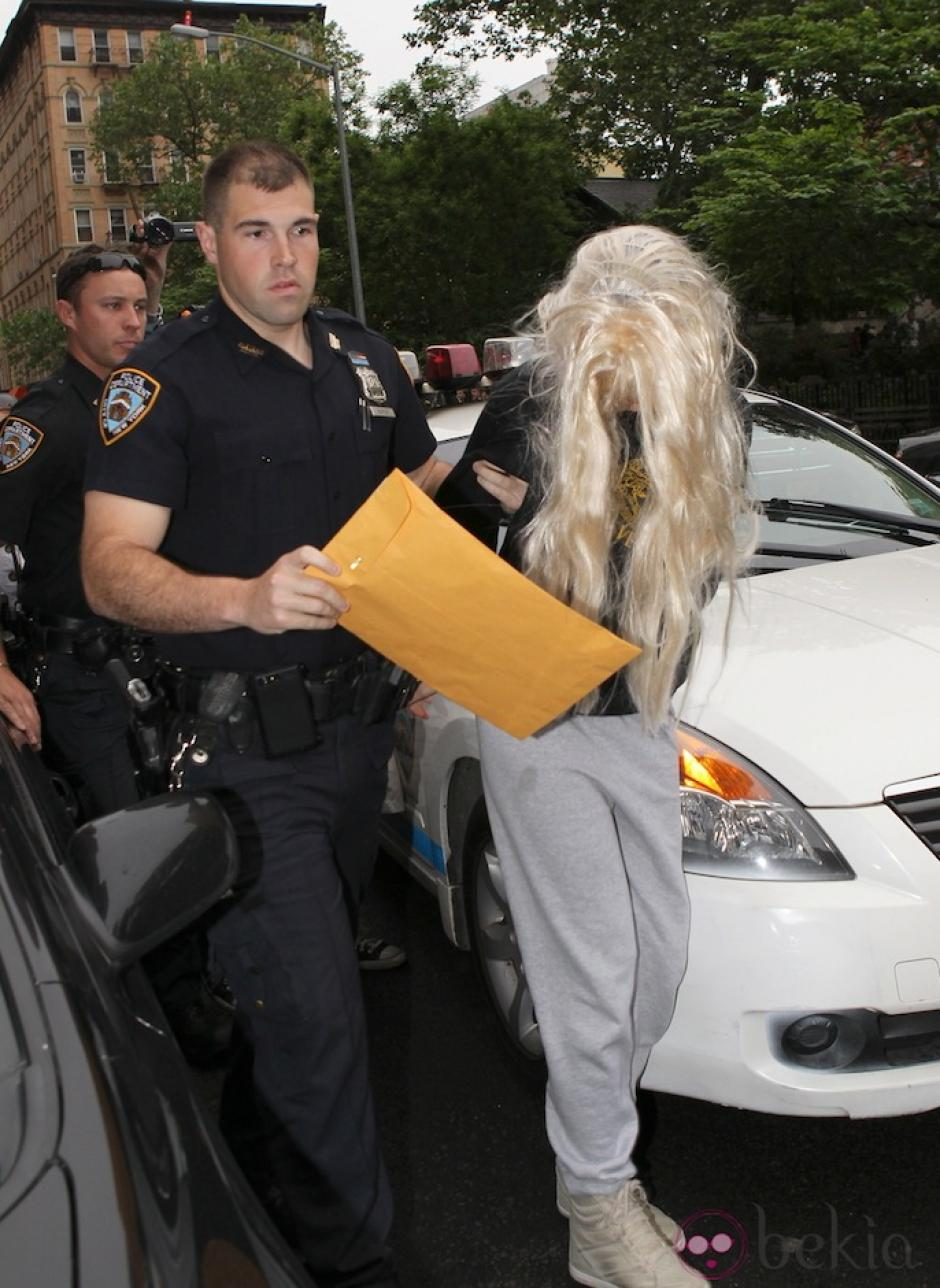 Amanda Bynes fue hospitalizada a la fuerza este año y llevada a un centro psiquiátrico por su extraña conducta. (Foto: Bekia)
