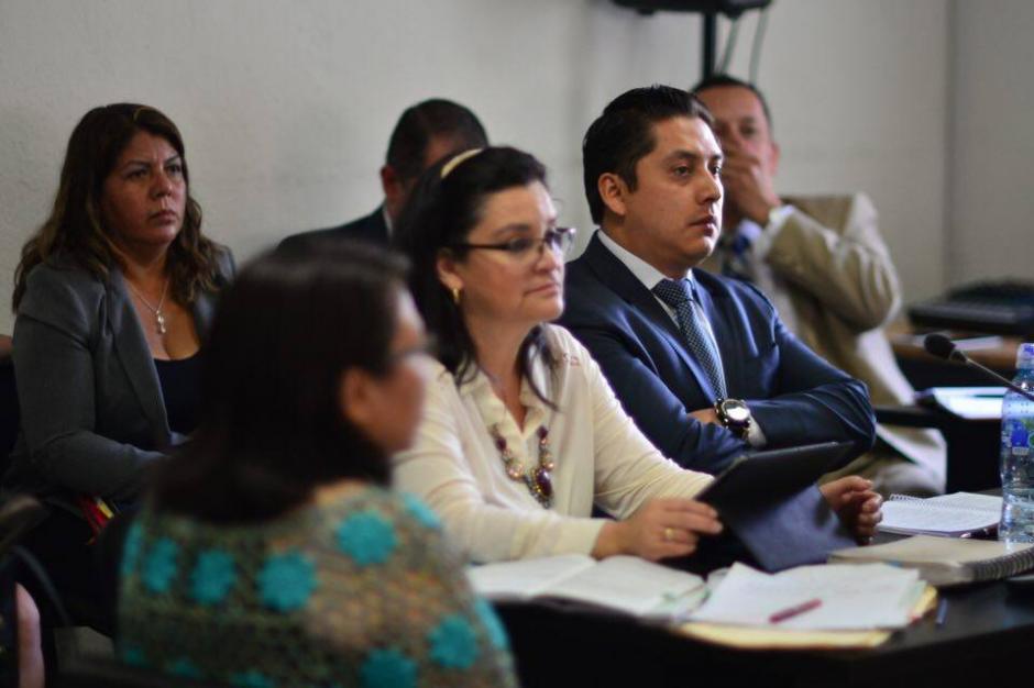 El equipo de defensa técnica de los acusados.  (Foto: Jesús Alfonso/Soy502)
