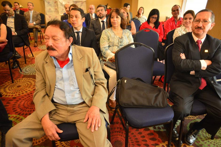 Otro galardonado por la Cámara Americana fue el maestro Orellana. (Foto: Jesús Alfonso/Soy502)