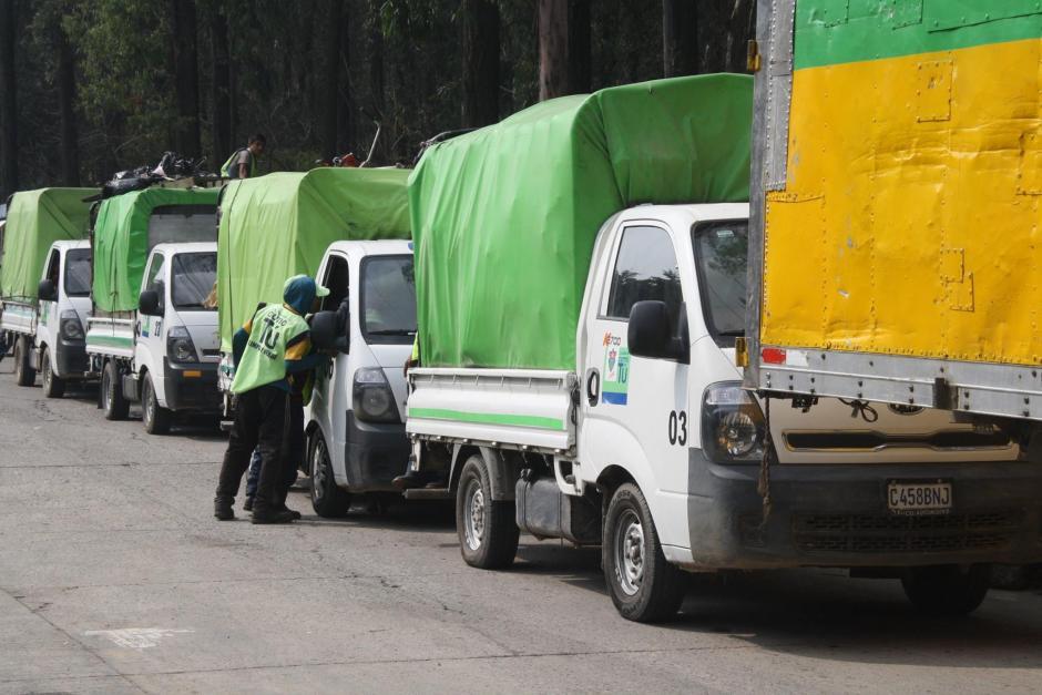La Municipalidad Capitalina se comprometió a colaborar con maquinaria para el manejo de los desechos. (Foto: Facebook/ AMSA Guatemala)