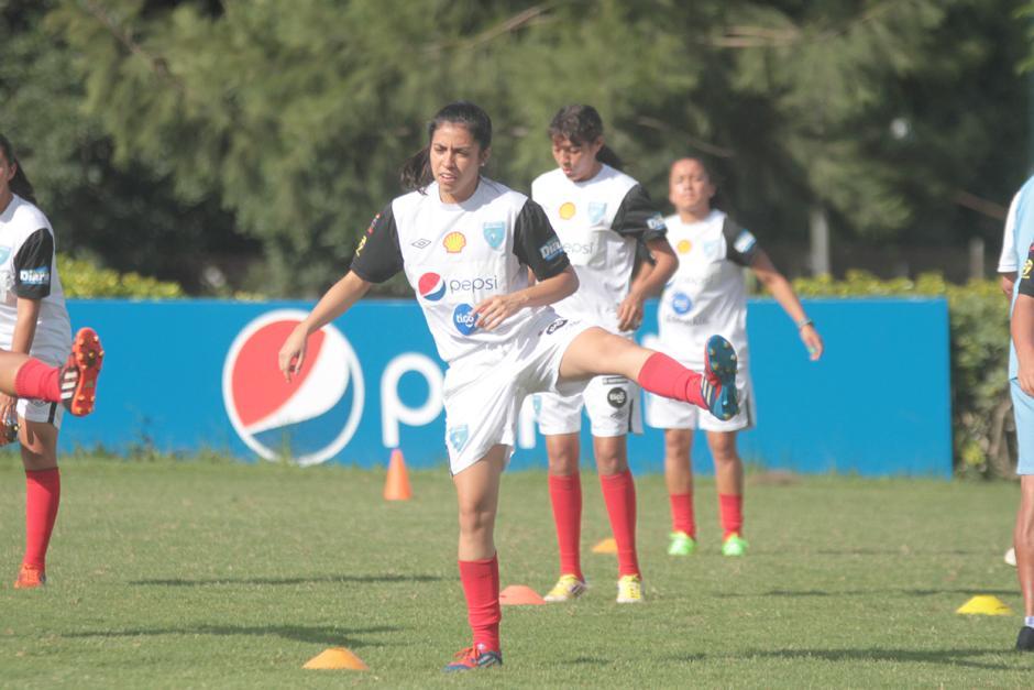 Ana Lucía Martínez se mostró ilusionada con su incorporación al Rayo Vallecano en la Súper Liga Española. (Foto: Luis Barrios/Soy502)