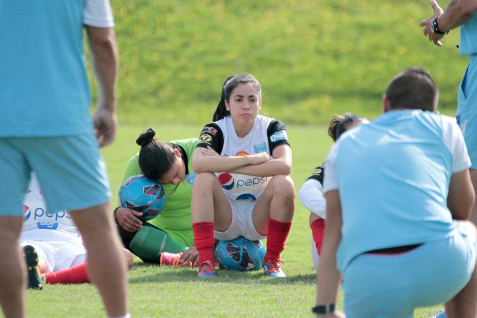Ana Lucía Martínez, captada en el entrenamiento de la selección guatemalteca en el Proyecto Goal. (Foto: Luis Barrios/Soy502)