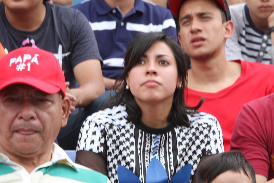 Ana Lucía Martínez estuvo en la Tribuna del Mateo Flores en el juego Municipal - San Lorenzo. (Foto: Luis Barrios/Soy502)