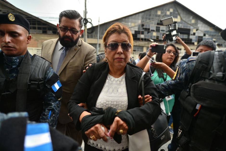La exregistradora fue llevada a la Torre de Tribunales luego de su captura. (Foto: Wilder López/Soy502)