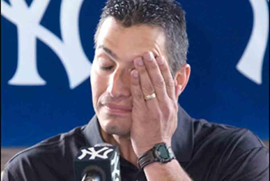 Andy Pettitte tambié lloró con los Yankees. (AFP)