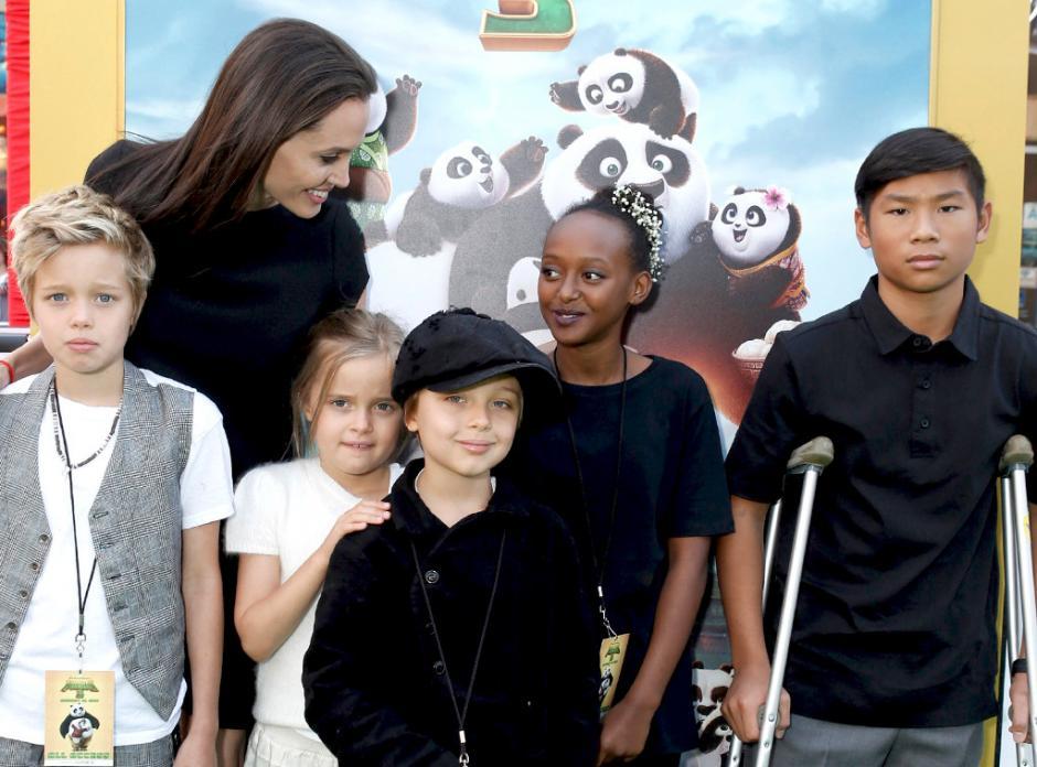 Angelina y sus 6 hijos fueron interrogados durante tres horas por el FBI. (Foto: Archivo)