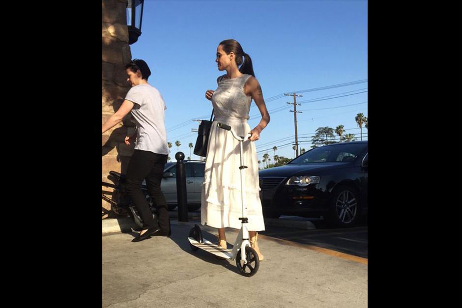 La esposa de Brad Pitt tiene un aspecto peculiarmente delgado. (Foto: Radar Online)