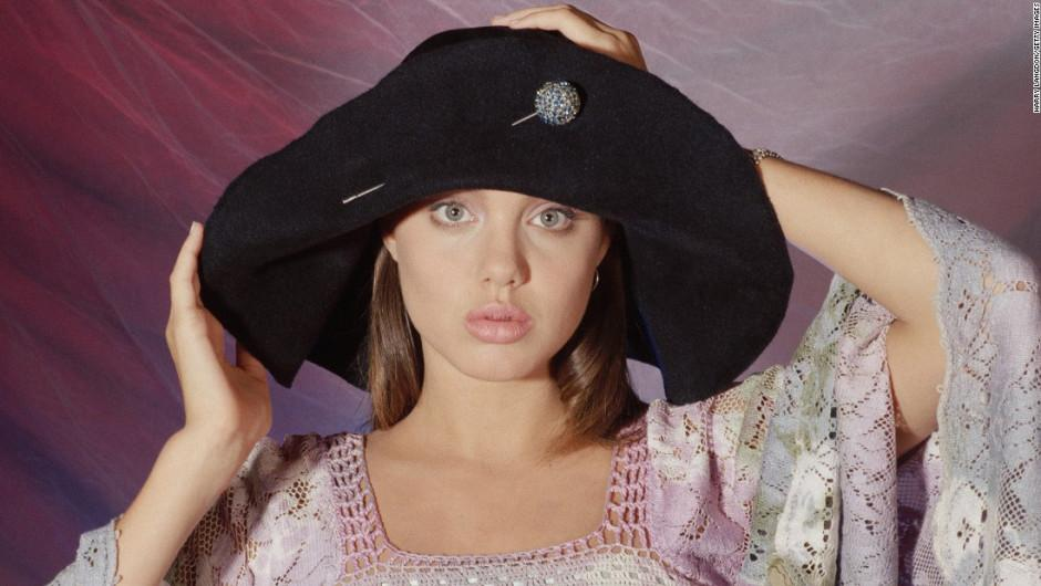 Angelina se encuentra en proceso de divorcio del también actor Brad Pitt. (Foto: Harry Langdon)
