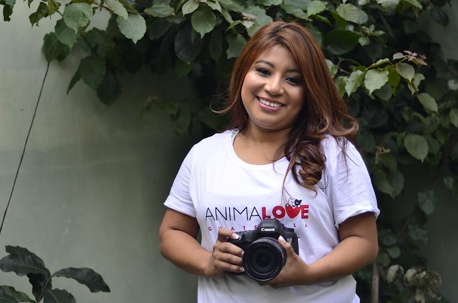 Maribel Cabrera es amante de los animales. (Foto: Selene Mejía/Soy502)