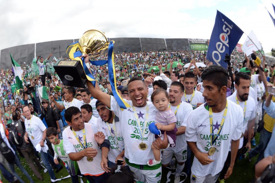 Antigua GFC consiguió su primer título de Liga Nacional tras derrotar a Guastatoya en la final del torneo Apertura 2015. (Foto: Nuestro Diario)