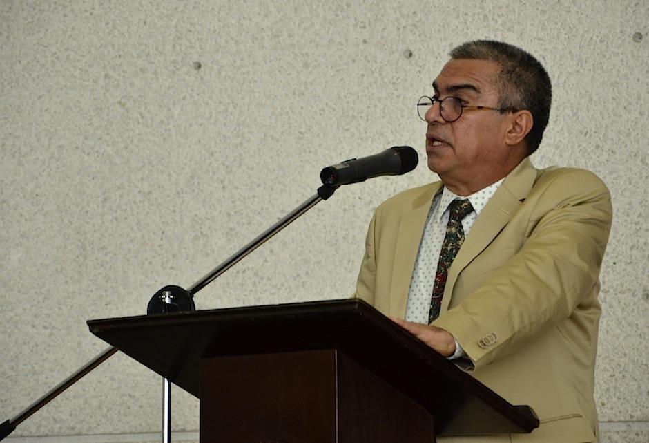 Figueroa Sarti habla acerca de la importancia de la unión por la cultura. (Foto: Selene Mejía/Soy502)