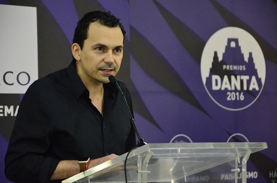 El arquitecto Alejandro Biguria, parte del comité organizador de la bienal habla de los Premios Danta.
