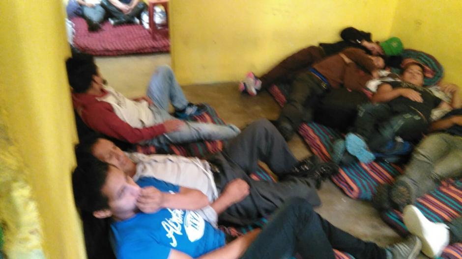 Los extranjeros permanecían hacinados en la vivienda de Huehuetenango. (Foto: PNC)