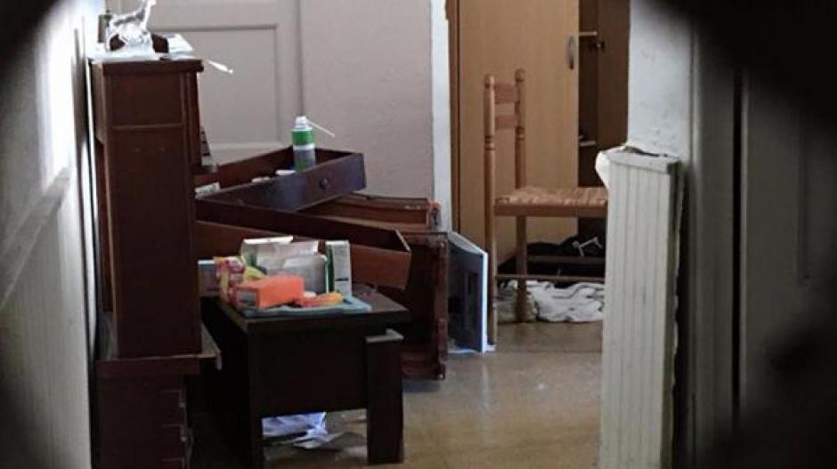 Un contingente fuertemente armado irrumpió en el apartamento. (Foto: Infobae)