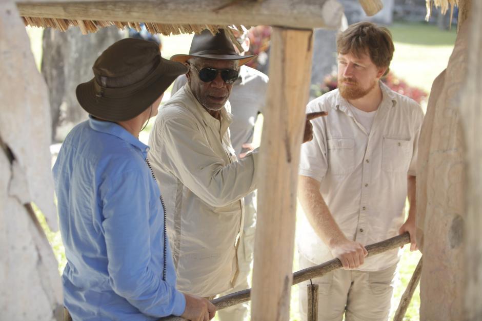 Morgan Freeman recorre El Mirador junto al equipo de NatGeo. (Foto: Cortesía Fox International)