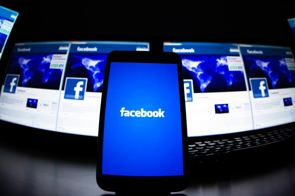 Facebook consume datos y necesita del espacio de almacenamiento requerido para poder funcionar bien. (Foto: Google)