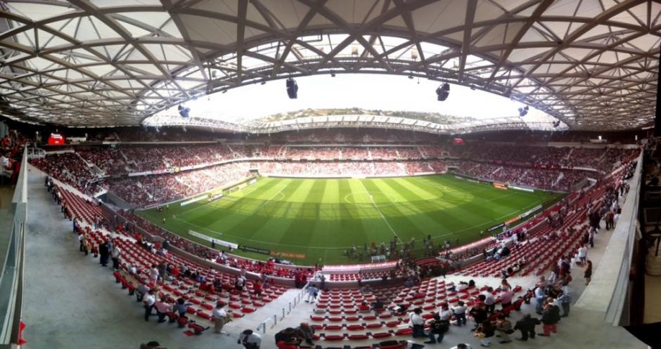 El Allianz Riviera tiene capacidad para recibir a 35 mil espectadores. (Foto: aurocopa2016gratis.com)