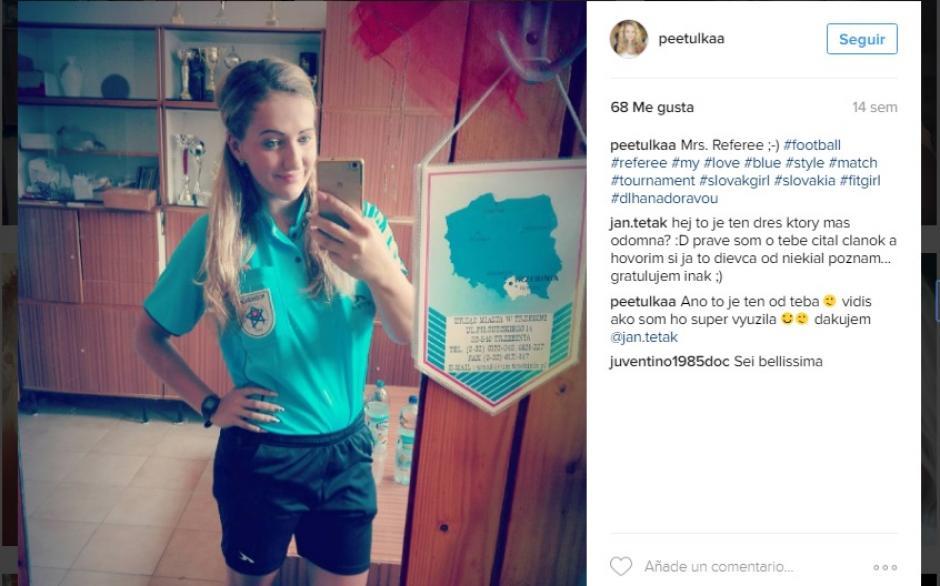 Lepackova es árbitro asistente en el fútbol de Eslovaquia. (Foto: Facebook)