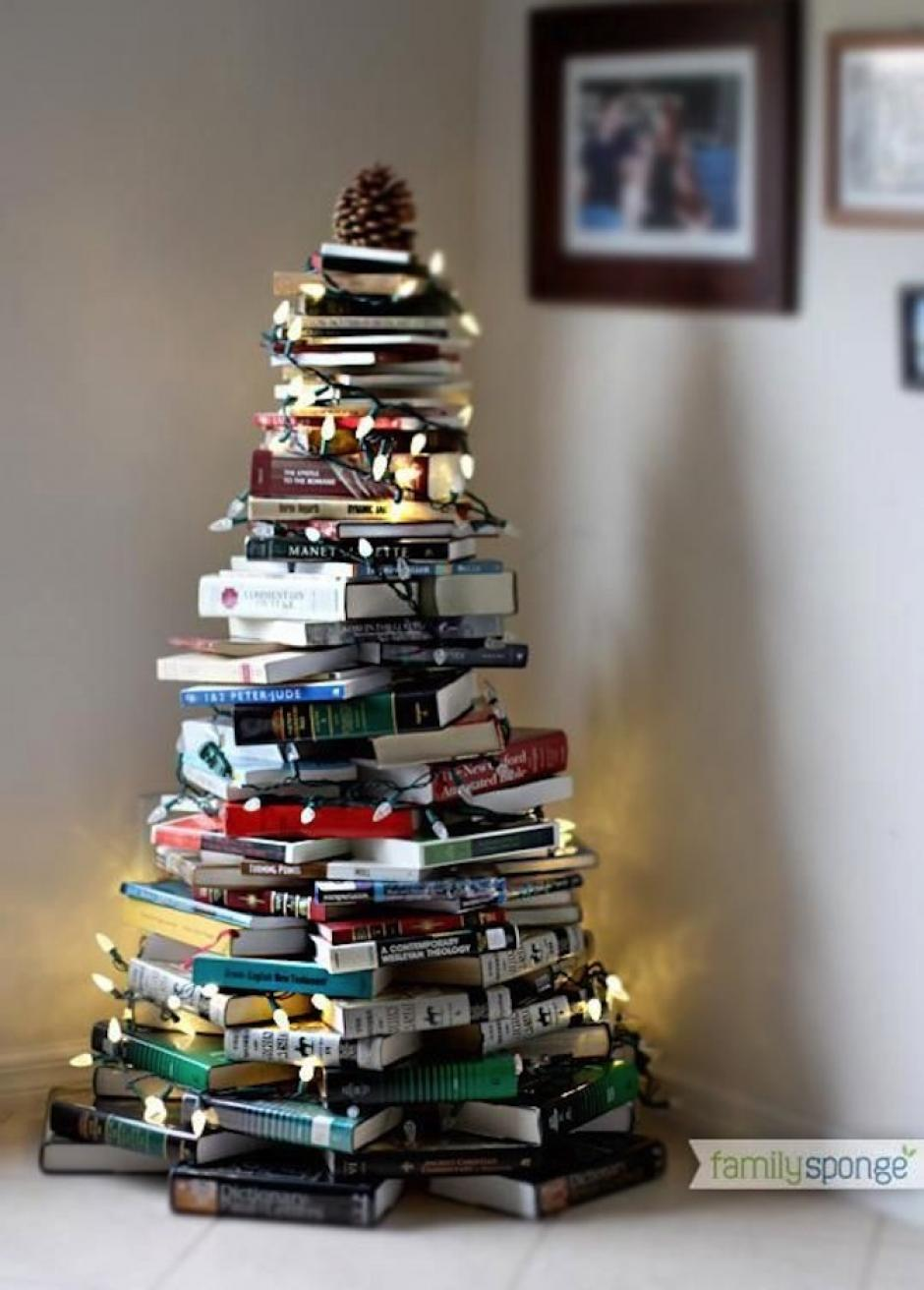 Para los amantes de la lectura, este es el accesorio navideño perfecto. (Foto: Family Sponge)