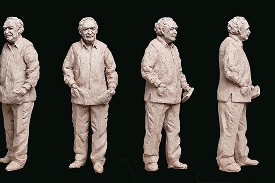 """La escultura de """"Gabo"""" es a tamaño real y será colocada en la sede central de la alcaldía"""